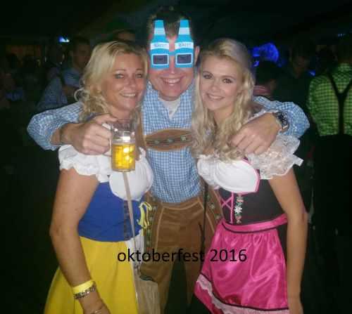 Oktoberfest mit schöne mädchen :-)